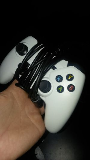 Xbox one wired Controller 20$ cash firm on price for Sale in Menahga, MN
