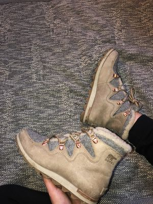 Sorel Women's boots - Size 6.5 for Sale in Fort Wayne, IN