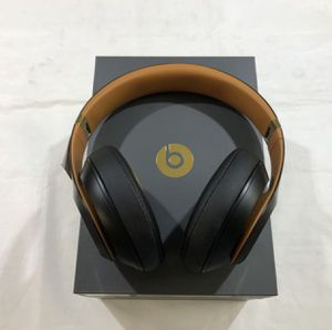 Beats studio 3 wireless over the ear headphones for Sale in Bedford, KY