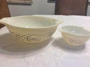 Pyrex bowls 444 and 447 for Sale in Queen Creek, AZ