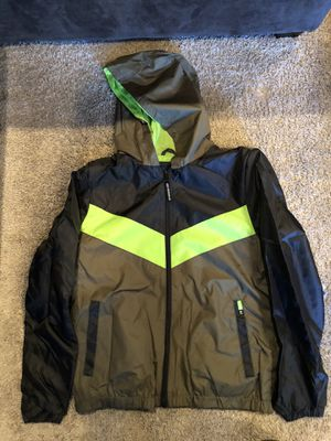Boy wind breaker size 14-16 NEW for Sale in Chicago, IL