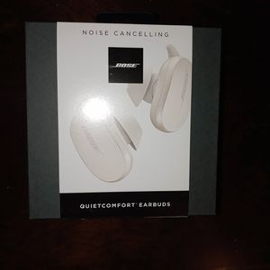 **BRAND NEW** BOSE QUITE COMFORT EARBUDS for Sale in Chino, CA