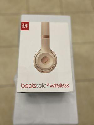 Beats Solo wireless (used) for Sale in Palmetto Bay, FL