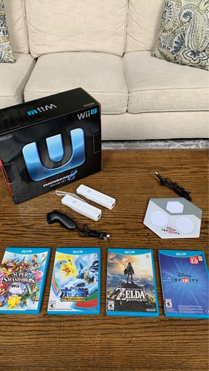 Nintendo Wii U 32 GB Deluxe Set with Mario Kart 8 for Sale in Geneva, IL