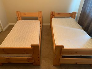 4 Piece bedroom set. Two twin beds, two mattresses for Sale in Colorado Springs, CO