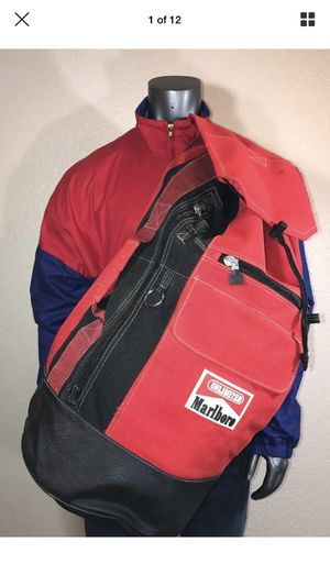 Marlboro oversized travel camping duffle bag/backpack for Sale in Chandler, AZ