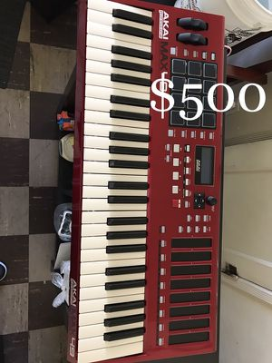 Piano Keyboard MPK Music Production Pro for Sale in Los Angeles, CA