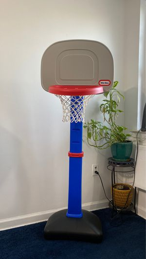 Little likes basketball set for Sale in Queens, NY