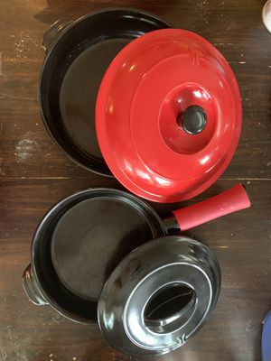 "Xtrema Ceramcor 10"" & 12"" Skillets with Lids and Protectors for Sale in Silver Spring, MD"