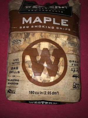 MAPLE SMOKING CHIPS FOR BBQ for Sale in Reedley, CA