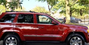 On Salee 2OO8 SUV Grand Cherokee JEEP4x4 for Sale in New Haven, CT
