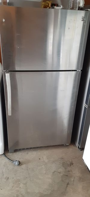 Kenmore 21 cubic stainless refrigerator for Sale in Decatur, GA