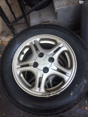 96-00 ek seats and 4x100 civic rims for Sale in New Britain, CT