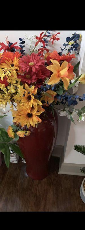 Flowers arrangements with vase (set of 2) for Sale in Franklin, TN