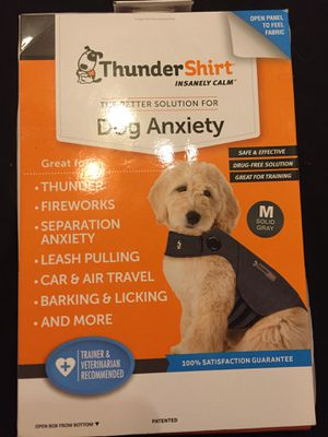 Thunder Shirt M&L&XL new in box with light up leash for Sale in Wichita, KS