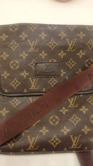 Louie Messenger Bag for Sale in Glendale, AZ