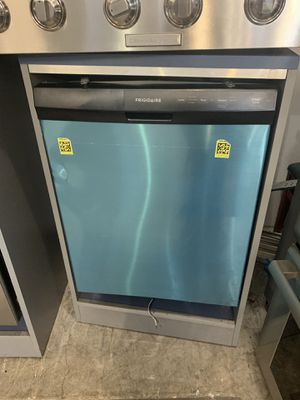 Frigidaire Dishwasher - Stainless Steel for Sale in Beverly Hills, CA