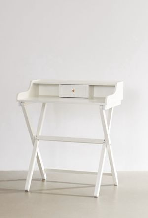 White Folding Desk for Sale in BOWLING GREEN, NY
