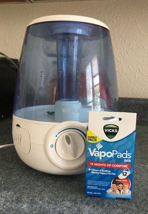 Vick's Humidifier and Vapo pad for Sale in Richmond, VA