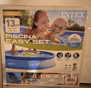 Intex 13ftx33in swimming pool for Sale in Annandale, VA