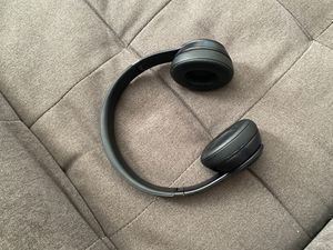 Beats solo 3 wireless for Sale in Meriden, CT