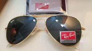 Rayban sunglasses aviator classic 62mm new in box for Sale in Phoenix, AZ