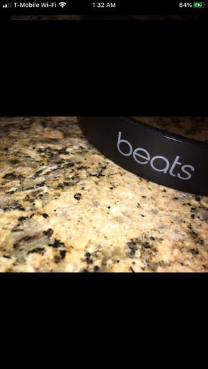 Studio Wireless beats ( READ DESCRIPTION) for Sale in North Highlands, CA