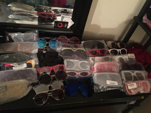 Sunglasses 🕶 woman's for Sale in Pittsburgh, PA