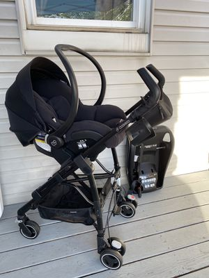 Car seat and stroller combo and swing for Sale in Allentown, PA