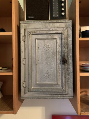 Antique metal pie safe cabinet for Sale in Chicago, IL