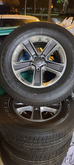 ALL NEWS 5 TIRES OF JEEP RUBICON 2021 WITH RIMS for Sale in Miami, FL