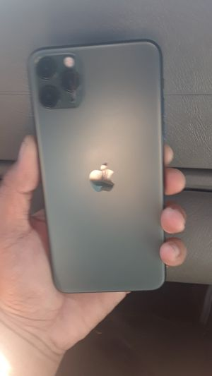 IPhone 11 pro max for Sale in Waianae, HI