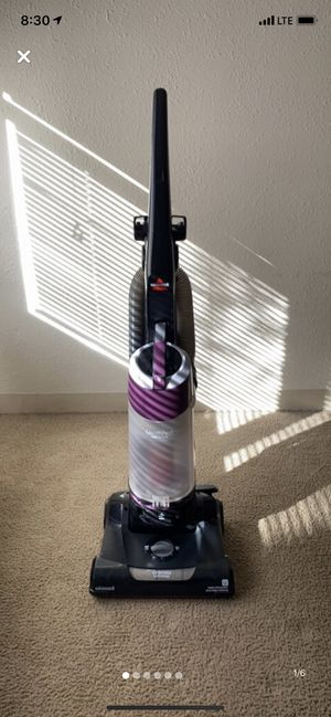 Bissell Vaccum Cleaner for Sale in North Miami Beach, FL