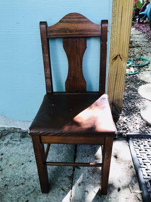 Single anitique chair for Sale in Auburndale, FL