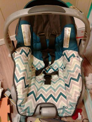 Evenflo car seat for Sale in Oroville, CA