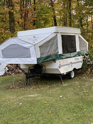 2002 ROCKWOOD POP UP CAMPER for Sale in Pittsburgh, PA