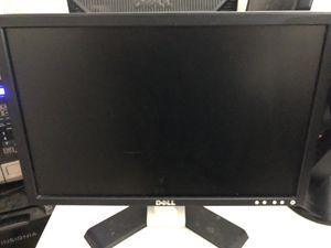 """Dell monitor / computer screen 19"""" for Sale in Edinburg, TX"""