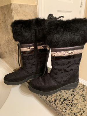 """coach """"lorna"""" black suede/patent leather/fur boots women's size 6 1/2 for Sale in Houston, TX"""