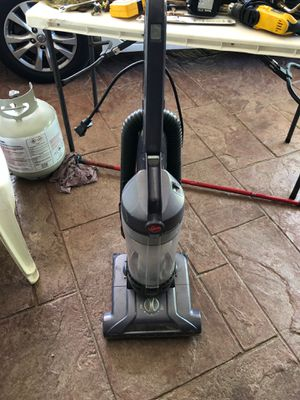 Hoover wind tunnel vacuum for Sale in Richardson, TX