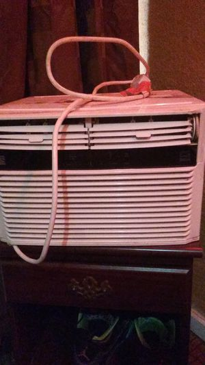 AC KENMORE WALL OR WINDOW UNIT for Sale in Fresno, CA
