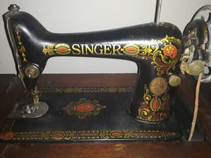 Antique Singer sewing machine complete for Sale in Cypress, TX