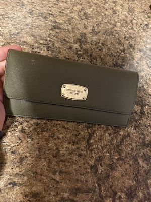 Purses and wallets for Sale in Humble, TX
