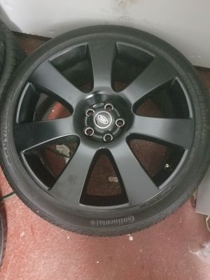 22 OEM black range rover rims and tires for Sale in Philadelphia, PA