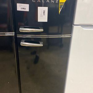 Galanz GLR76TBKER refrigerator 🔥🔥🔥 BUA for Sale in Fort Worth, TX
