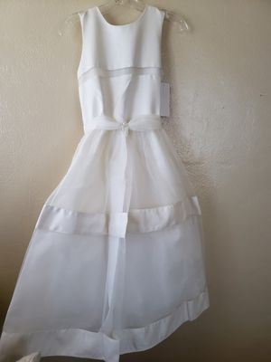 Girls Size 16 White Dress for Sale in Bell Gardens, CA
