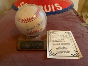 Autographed Hank Aaron Baseball w/ COA for Sale in Bakersfield, CA