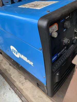 Miller Legend 302 LPG Welder/Generator for Sale in Forest Park, GA