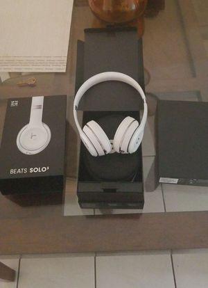 Beats Solo 3 for Sale in Miami Gardens, FL