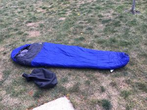 Polarguard 3D warm sleeping bag for Sale in Schaumburg, IL