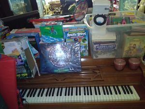 Piano and more toys for the kids lunch boxes games puzzles and more for Sale in Saint Paul, MN